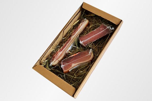 Südtiroler Geschenkpaket mit dreierlei Südtiroler Speck